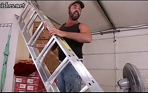 Builder gay gets his asshole pounded being done