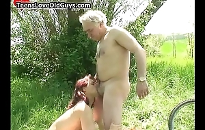 Randy old doyenne likes licking