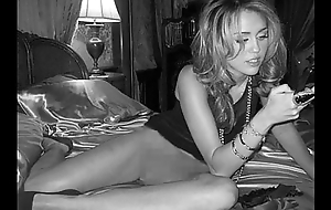 Miley Cyrus Naked &amp_ Nude
