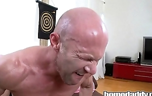 Homodaddy Germane In The Botheration