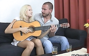 That babe gets lemon with her BF'_s bro