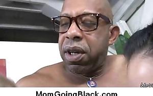 Watch milf going black : Interracial easy porn 8