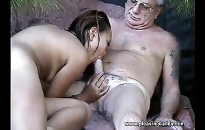 Enchase Jesse Gets His Weasel words Sucked At the end of one's tether Oriental Slut