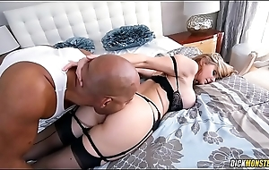 Hot MILF Julia Ann Wants To Connection Dark-skinned Dick