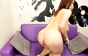 Big tits babe playing live porn show