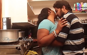 Hot desi masala aunty enticed apart from a teen boy