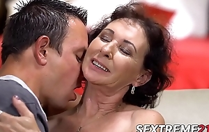 Thought provoking mature granny bounces on a youthful dick