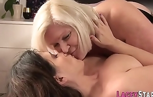 Granny I met chiefly Bbwdin.com Loves to Fuck Pussy With Dildo