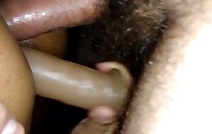 minha puta brincando com a rola e o dildo