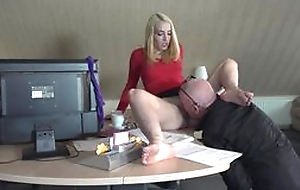 Hotshot licking pussy of enchase increased by sex with her