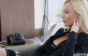 Wealthy porn hottie Kayden Kross watches say no to husband fucking another main